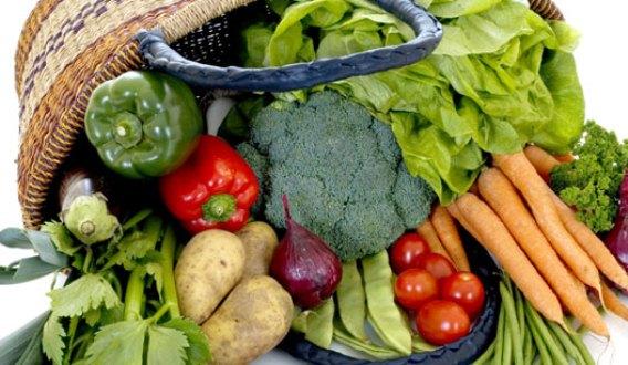 608186 Os alimentos de safra são mais baratos e saudáveis. Foto divulgação Frutas, legumes e verduras da safra de abril