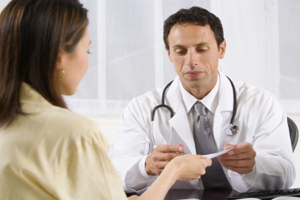 608731 Diante de um quadro de penumonia é ideal bsucar a orientação de um especialista. Foto divulgação Remédio caseiro para pneumonia