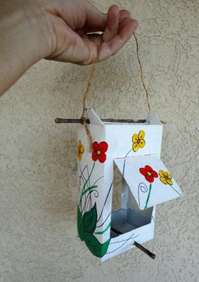 Comedouro para passarinhos reciclável: Passo a passo