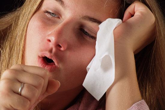 611911 A tosse alergica pode ser causada por vários fatores. Foto divulgação Receitas de xarope caseiro para tosse alérgica