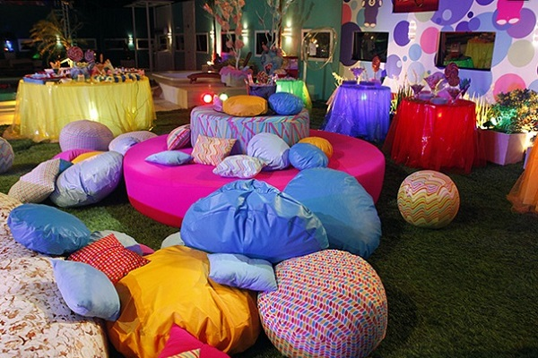614618 festa amarelinha bbb121 Dicas para decorar uma festa hippie
