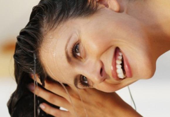 615380 Hidratação de cabelo com gelatina incolor.3  Hidratação de cabelo com gelatina incolor
