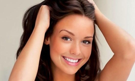 618011 e699itar o envelhecimento do cabelo e1366227041249 620x330 Como atrair a atenção dos homens