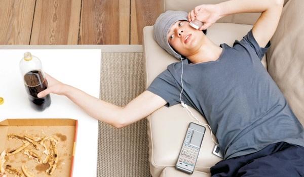 618143 O sedentarismo é um problema resultante dos hábitos da vida moderna. Sedentarismo: consequências, quais são