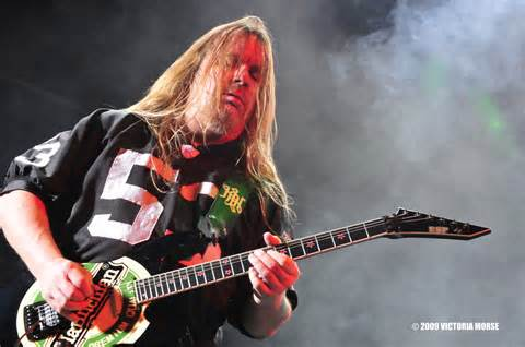 618148 guitarrista do slayer morre aos 49 anos 02 Guitarrista do Slayer morre aos 49 anos