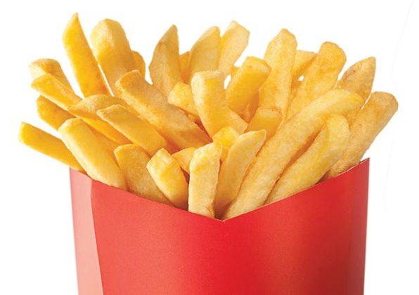 618587 As frituras são as grandes vilãs da alimentação. Alimentos que aceleram o envelhecimento