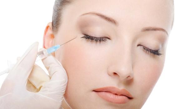 618593 A aplicação do botox deve ser feita por um profissional especializado. Foto divulgação Mitos e verdades sobre botox
