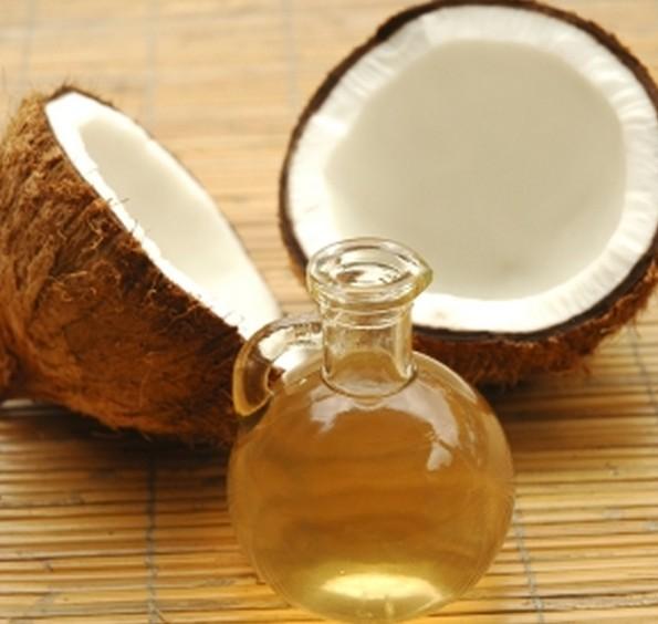 619309 Os benefícios do óleo de coco nos cabelo 2 Os benefícios do óleo de coco nos cabelo