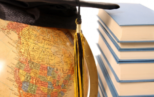 Cursos que ensinam a disputar vagas em universidades estrangeiras