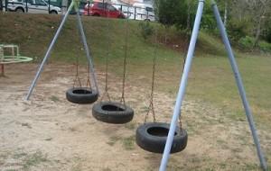 Playground feito de Pneus: Como fazer
