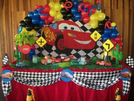 621467 Decoração de festa infantil Carros 2 Decoração de festa infantil Carros