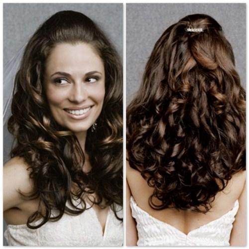 621577 Valorize os cachos no penteado. Foto divulgação Penteados para festa cabelos cacheados