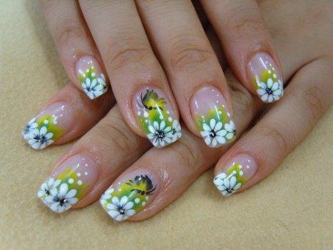 624225 Fotos de unhas com flores Fotos de unhas com flores