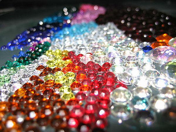 624868 Unhas com cristais aprenda como fazer Unhas com cristais: aprenda como fazer