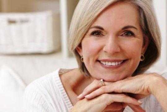 627495 Os sintomas da menoupasa surgem nesse período. Foto divulgação Cuidados de saúde para a mulher aos 50 anos