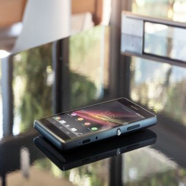 627743 smartphone xperia sp informacoes precos 2 600x600 Smartphone Xperia SP: informações, preços