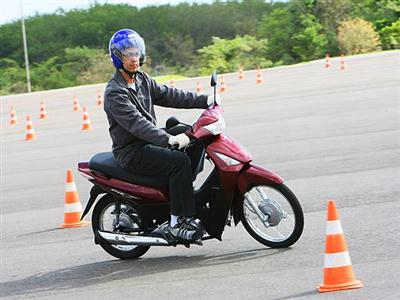 628627 Honda Biz 2014 – fotos preços informações1 Honda Biz 2014: fotos, preços, informações