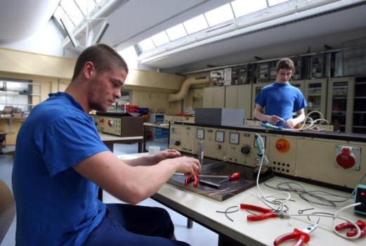 62956 Cursos Técnicos e Superiores no SENAI SC 3 Cursos Técnicos e Superiores no SENAI SC