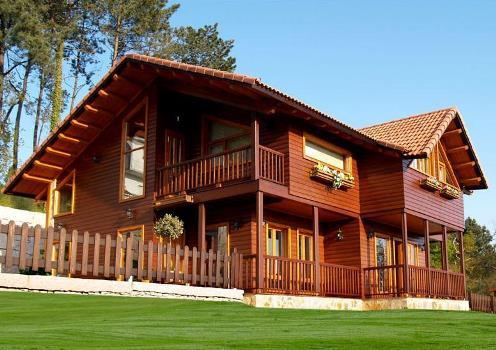 Casa de madeira com