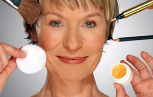 Truques de maquiagem para rejuvenescer