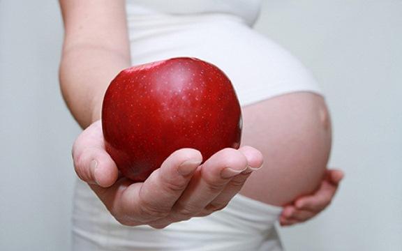 632952 A gestante deve ter uma alimentação saudável. Foto divulgação Alimentos importantes para gestantes