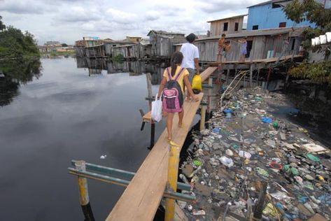 632996 A contaminação pode ocorrer pelo contato com água contaminada. Hantavírus: sintomas, transmissão, tratamento