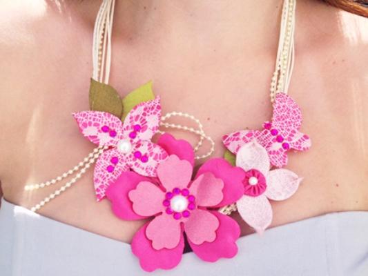 63370 Colares De Tecido Com Flores Fotos 15 Colares De Tecido Com Flores   Fotos