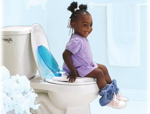 634781 A prisão de ventre é um problema que pode afetar as crianças. 123 Criança com prisão de ventre: como tratar