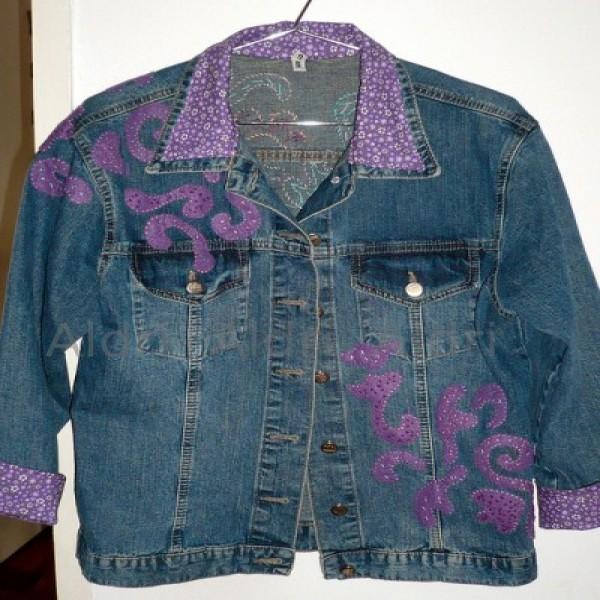 636562 Como customizar jaquetas jeans dicas fotos.2 600x600 Como customizar jaquetas jeans: dicas, fotos