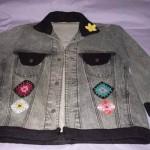 636562 Como customizar jaquetas jeans dicas fotos.5 150x150 Como customizar jaquetas jeans: dicas, fotos
