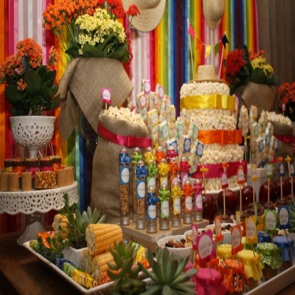 638115 Festa de casamento com tema de festa junina.3 600x600 Festa de casamento com tema de festa junina: dicas