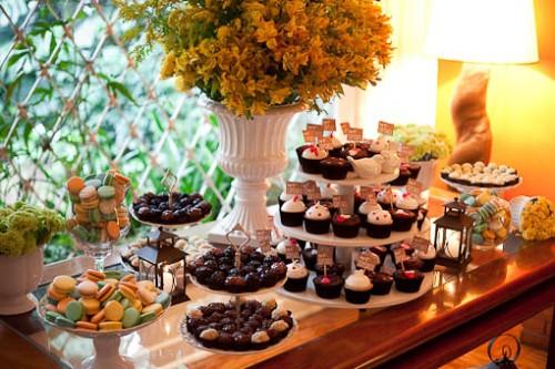638986 Mesa de doces de casamento como decorar 05 Mesa de doces de casamento: como decorar