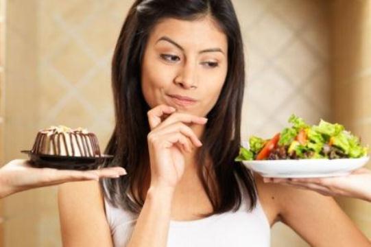 639672 A alimentação saudável é essencial para emagrecer. Foto divulgação Mitos e verdades sobre emagrecimento