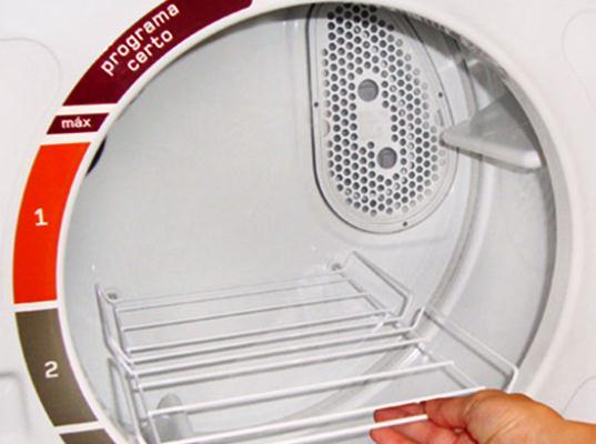 640311 As secadoras são desenvolvidas com boa tecnologia de secagem e ciclo diferentes. Foto divulgação Secadora de roupas suspensa: preços, modelo, onde comprar