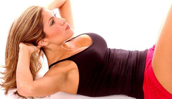 642328 Exercício físico e regime não são suficientes para ter a barriga negativa. Problemas que a barriga negativa pode causar