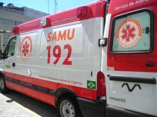 643434 Chame imediatamente o serviço especializado. Foto divulgação Como fazer massagem cardíaca passo a passo