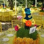 643875 É possível criar vários tipos de enfeites de mesa. 150x150 Decoração de aniversário tema Os Simpsons: fotos, dicas