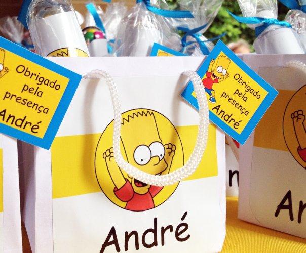 643875 As lembrancinhas personalizadas são um show. Decoração de aniversário tema Os Simpsons: fotos, dicas