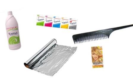 643896 Saiba quais são os produtos que serão utilizados para descolorir os cabelos. Foto divulgação Como pintar cabelo com água oxigenada