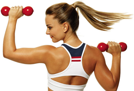 644464 A prática de atividade física influencia a limpeza dos fios. Lavar os cabelos todos os dias faz mal?