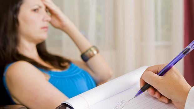 647924 O tratamento com psicoterapia é muito importante para resolver esse tipo de problema. Estresse, ansiedade e nervosismo: entenda as diferenças