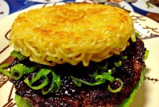 648396 Hambúrguer de miojo saiba mais receita Hambúrguer de miojo: saiba mais, receita