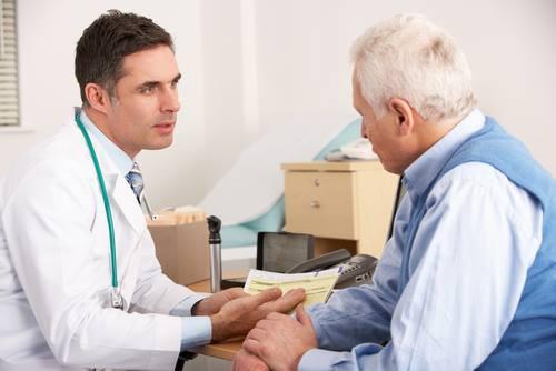 653721 Para realizar a terapia de reposição hormonal é indispensável passar por uma avaliação médica. Como saber se preciso tomar hormônio?