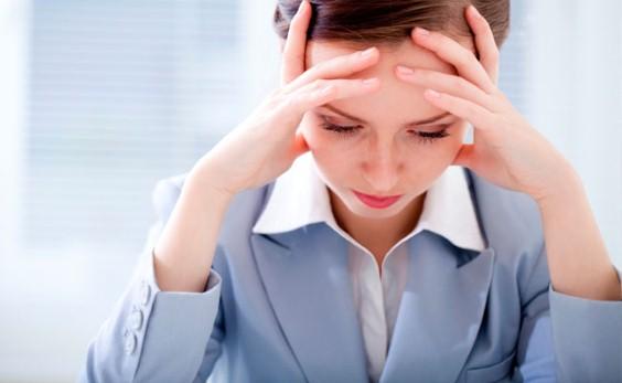 653808 Dificuldade de concentração e memória são alguns dos sintomas. Distimia: o que é, como tratar