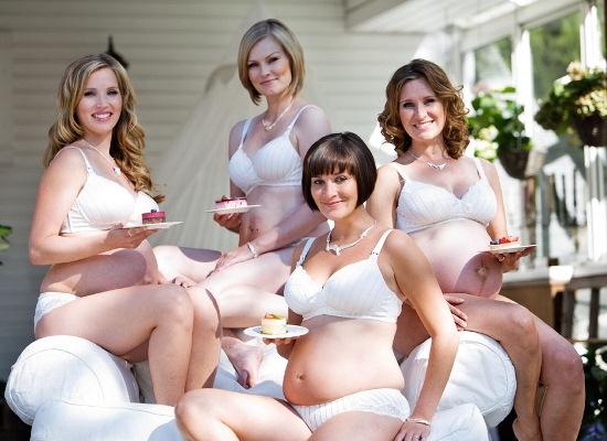 655056 As gestantes precisam se sentir sensuais e curtir a gravidez. Lingerie para mulher grávida