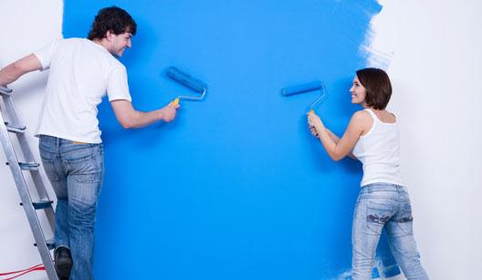 656574 Mudar a cor das paredes é capaz de provocar uma grande mudança no ambiente. Ideias baratas para decorar a casa: dicas