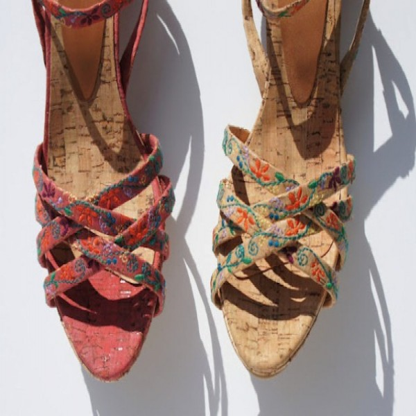 657107 Como limpar sapatos de corda ou cortiça.3 600x600 Como limpar sapatos de corda ou cortiça