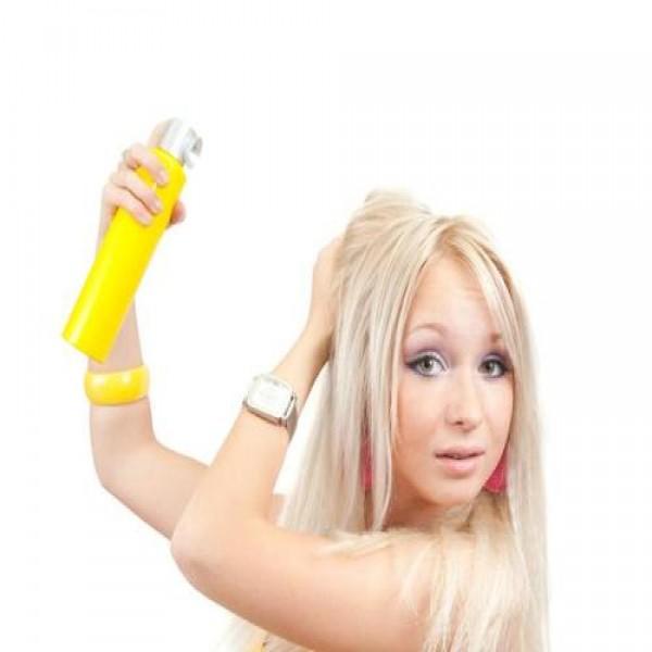 659515 Spray de clareamento de cabelo saiba mais.1 600x600 Spray de clareamento de cabelo: saiba mais