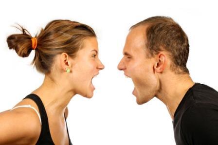 662195 Muitos casais brigam por causa dos relacionamentos passados. Foto divulgação Como lidar com a ex do seu namorado