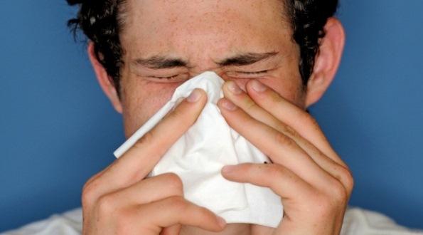 663890 A tosse com catarro pode ser curada com medicamentos naturais. Foto divulgação Como curar a tosse com catarro
